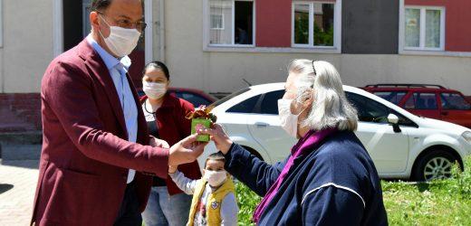 Beylikdüzü'nde Anneler Günü'nde Binbir Çiçek