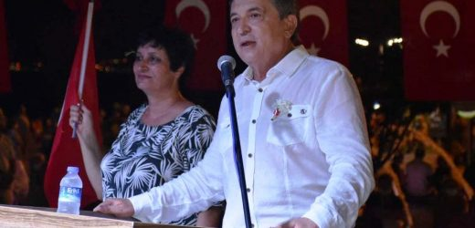 EDREMİT'TE 30 AĞUSTOS COŞKUYLA KUTLANDI