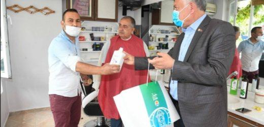 Adana Büyükşehir'den Kuaförlere Hijyen Seti